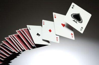 บาคาร่าออนไลน์ คาสิโน เล่นง่ายผ่านมือถือ สมัครรับเครดิตฟรี แจกสูตรเล่นเอาชนะ